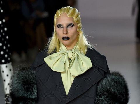 Collar, Style, Fashion, Polka dot, Eyelash, Fashion model, Street fashion, Fur, Costume design, Blond,