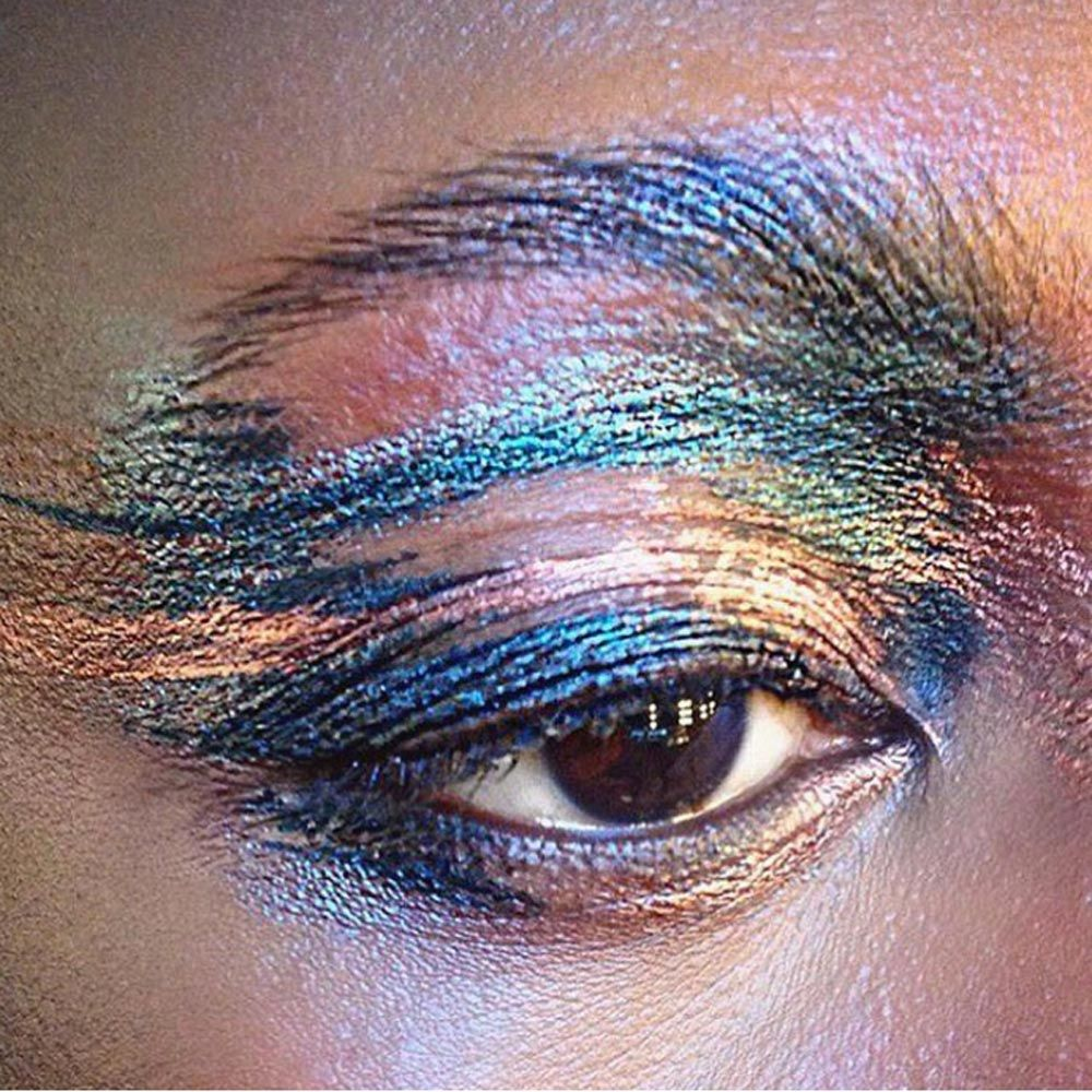 You will be obsessed with this incredibly gorgeous shimmery eye makeup solutioingenieria Images