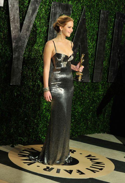 Jennifer Lawrence In Black Dior Dress At The 2016 Oscars
