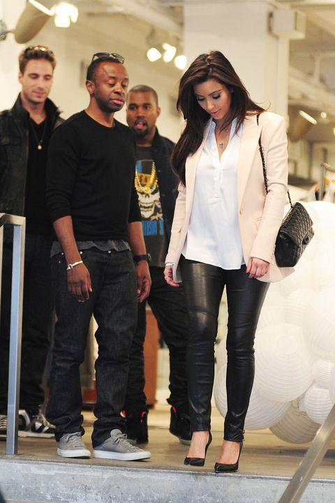 Kanye west kim kardashian dating siden