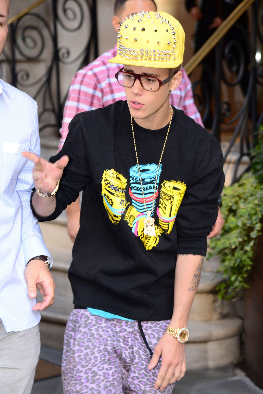 22 Times Justin Bieber S Clothes Made No Sense