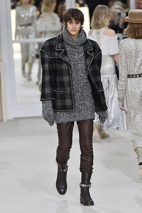 Clothing, Footwear, Leg, Winter, Shoulder, Fashion show, Textile, Hat, Joint, Outerwear,
