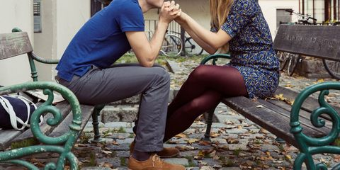 Leg, Human, Human leg, Human body, Sitting, Interaction, Thigh, Foot, Comfort, Conversation,