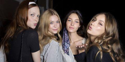Hair, Face, Mouth, Eye, Eyelash, Beauty, Step cutting, Fashion, Youth, Sunglasses,