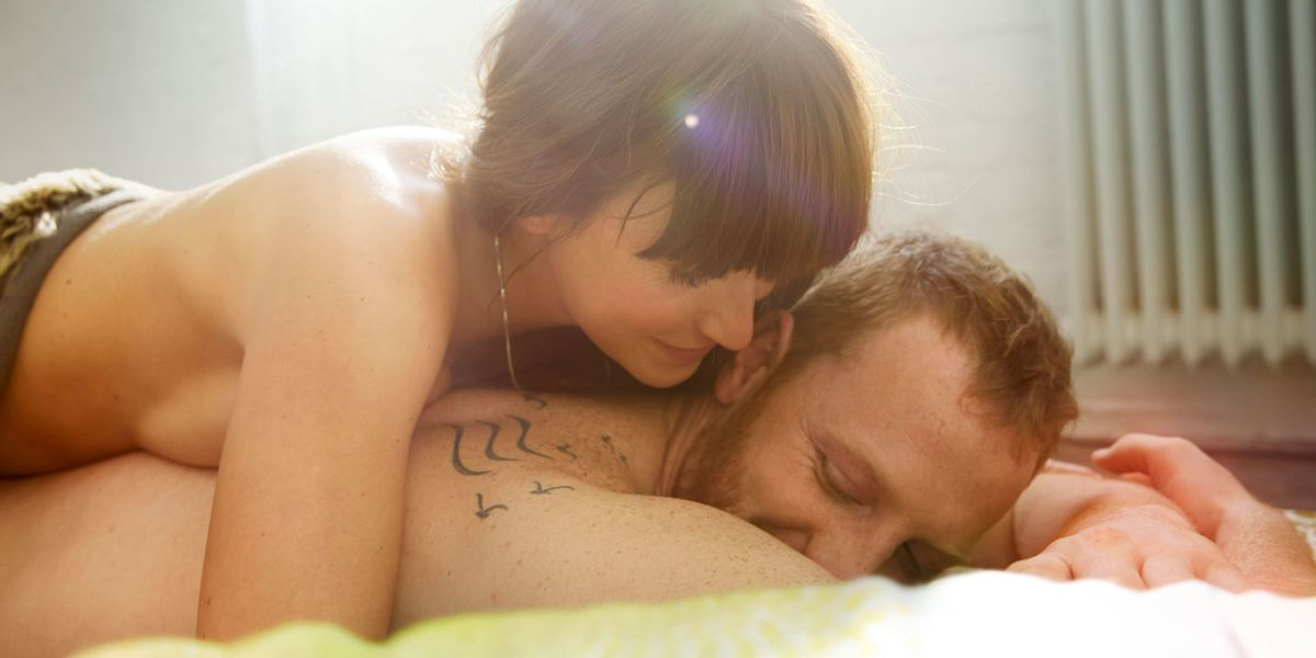 What Men Really Think When You Bring a Sex Toy Into Bed - Couples Sex Toys