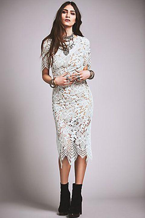 Sleeve, Shoulder, Human leg, Joint, Pattern, Style, Fashion model, Knee, Street fashion, One-piece garment,