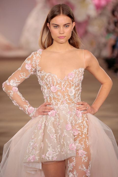 Clothing, Hairstyle, Skin, Sleeve, Dress, Shoulder, Textile, Joint, Fashion show, Waist,