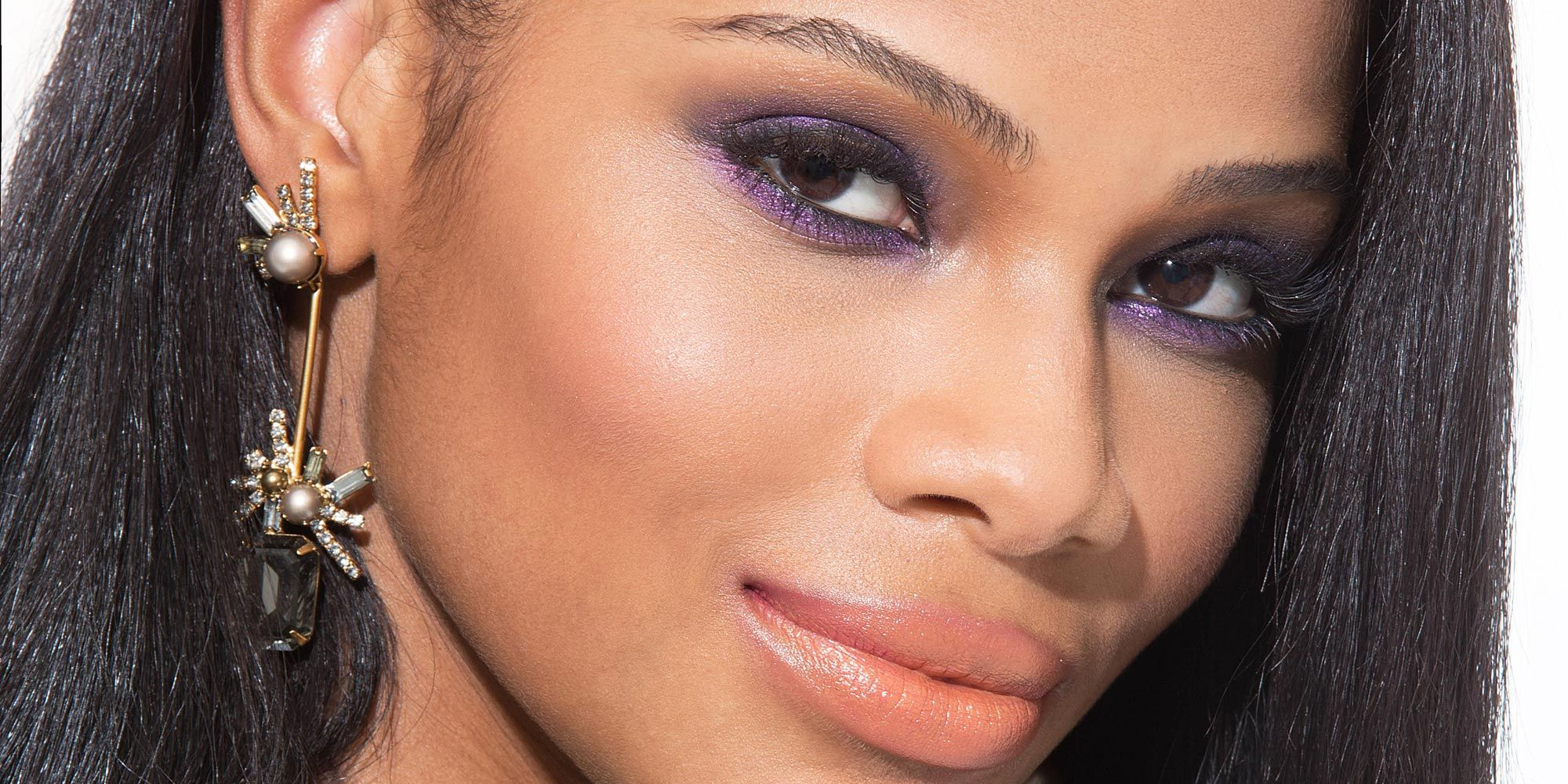 8 Makeup Looks You Should Wear To Prom Based On Your Dress