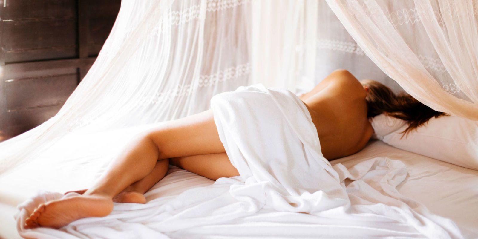Becoming Adult Girls Like To Sleep Naked