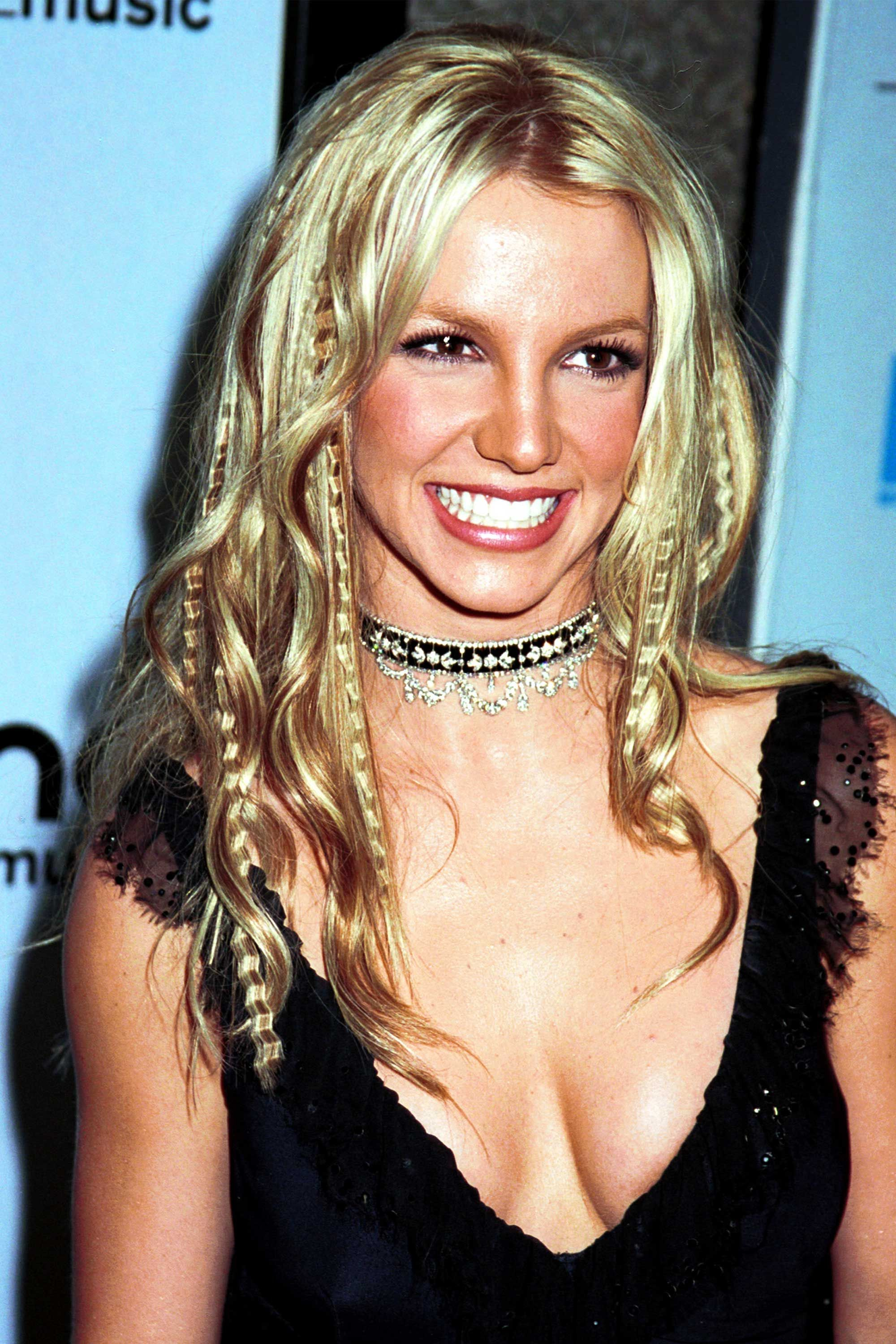 23 Hairstyles You Were Obsessed With in the Early 2000s