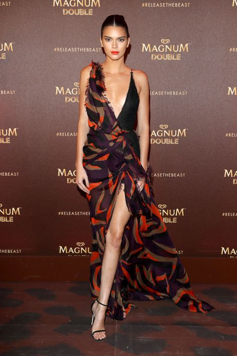You Dont Stand A Chance Against Kendall Jenner In This Gorgeous Dress