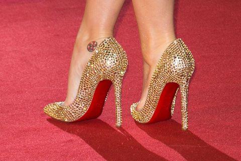 Human leg, Joint, Red, High heels, Foot, Fashion, Toe, Bridal shoe, Tan, Nail,