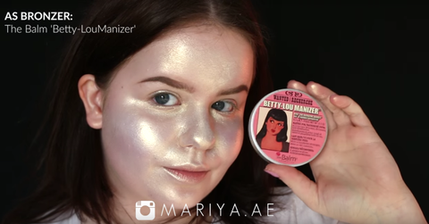 Watch This Woman Put On a Full Face of Makeup Using Only Highlighters