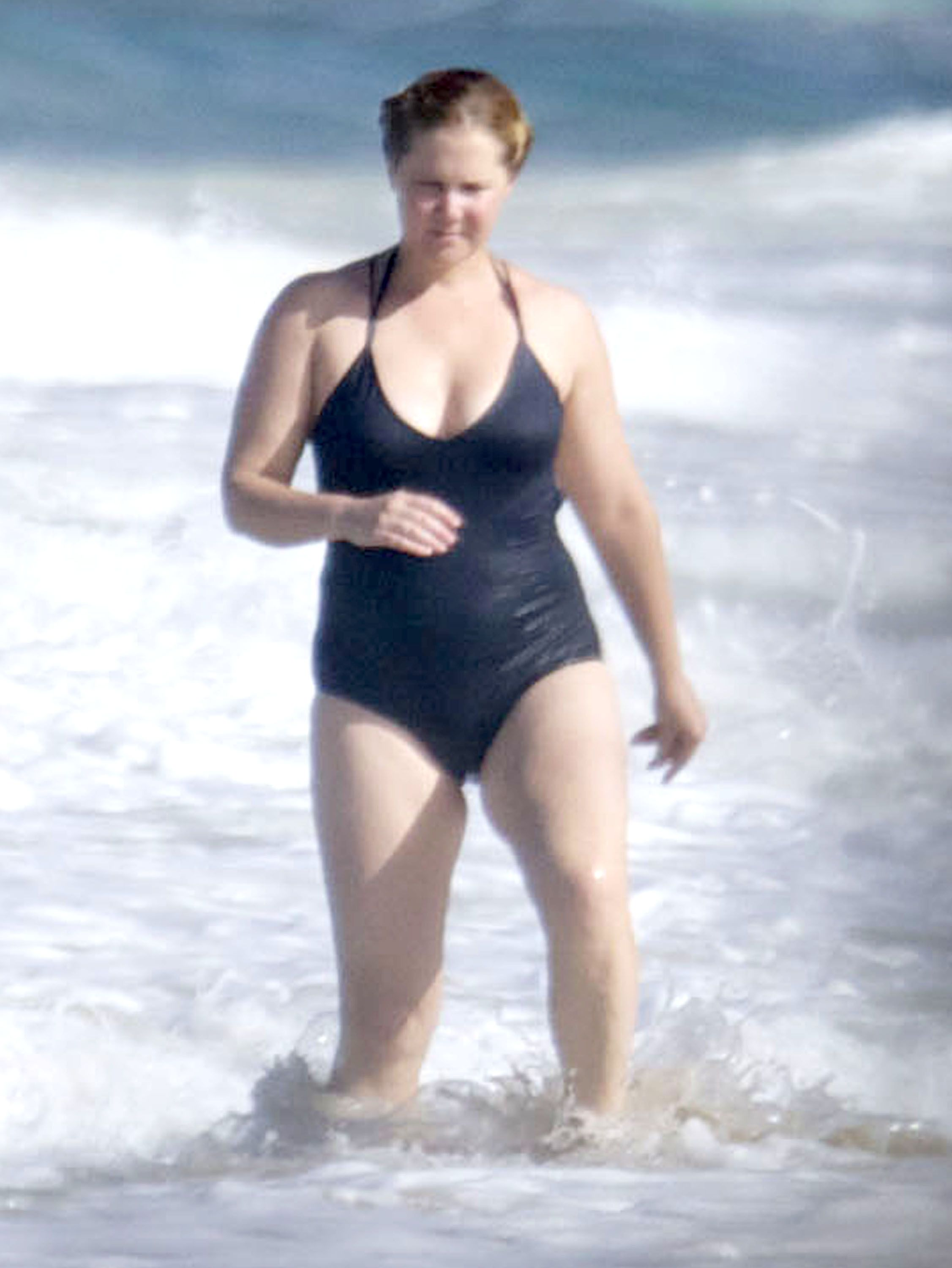 Watch Amy Schumer Calls Out Haters With Swimsuit Photo video