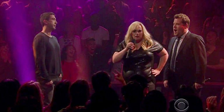 Here's the David Schwimmer-Rebel Wilson Friends-Themed Rap Battle Everyone Is Talking About