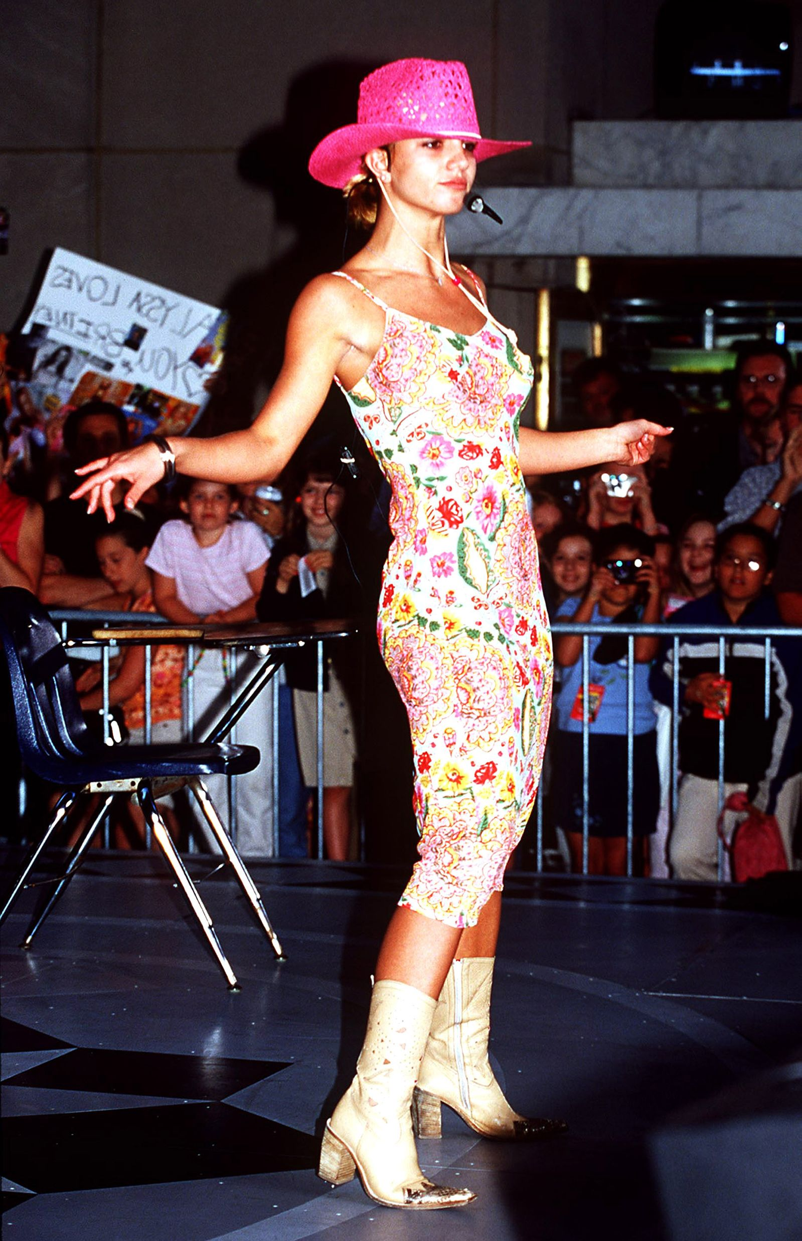af0d949eb11 Britney Spears  90s Fashion — Britney Spears Style Photos