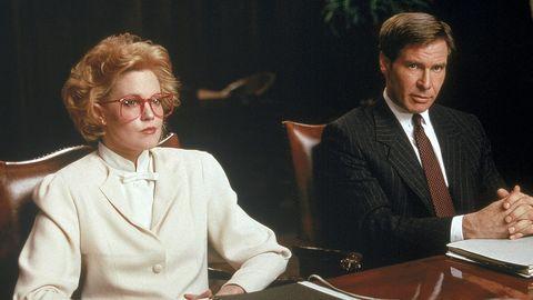 Glasses, Vision care, Collar, Dress shirt, Formal wear, Table, Suit, Blazer, White-collar worker, Conversation,