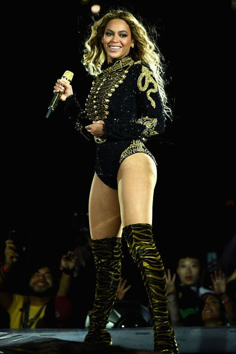Beyoncé Has a Wardrobe Malfunction at Her Concert, Proves Once Again Why She's the Queen Bee