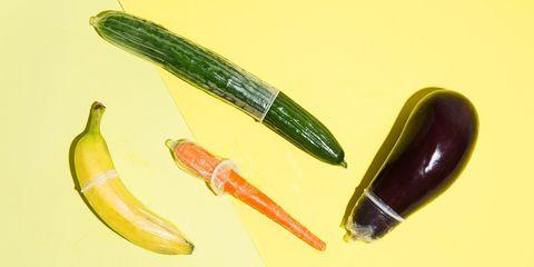 Yellow, Ingredient, Produce, Natural foods, Vegetable, Whole food, Flowering plant, Fruit, Vegan nutrition, Banana,