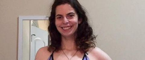 This Woman's Bikini Photo Went Viral for the Most Amazing Reason