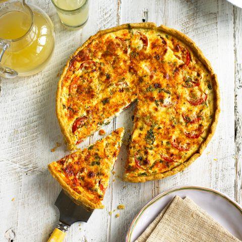 Food, Serveware, Pizza, Dish, Ingredient, Baked goods, Recipe, Drink, Cuisine, Plate,