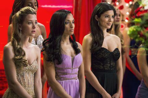 Hair, Dress, Waist, Beauty, Fashion, Strapless dress, Day dress, Cocktail dress, Fashion model, One-piece garment,