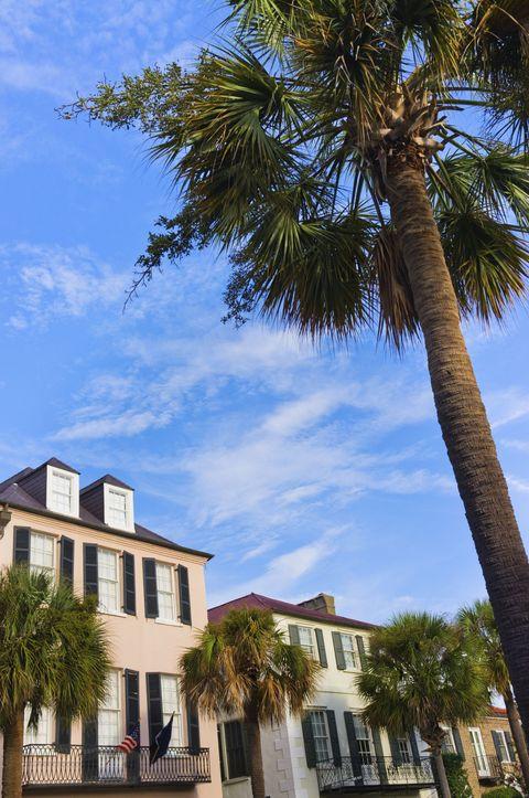 USA, South Carolina, Charleston, Rainbow Row, Bay Street, Houses in residential district