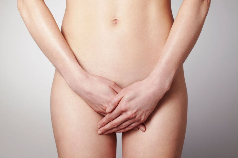 8 Things You Need to Know Before Removing Your Pubic Hair