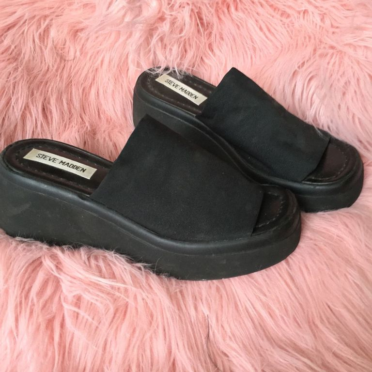 90S Shoes That Will Make You Nostalgic  Throwback Shoes-3603
