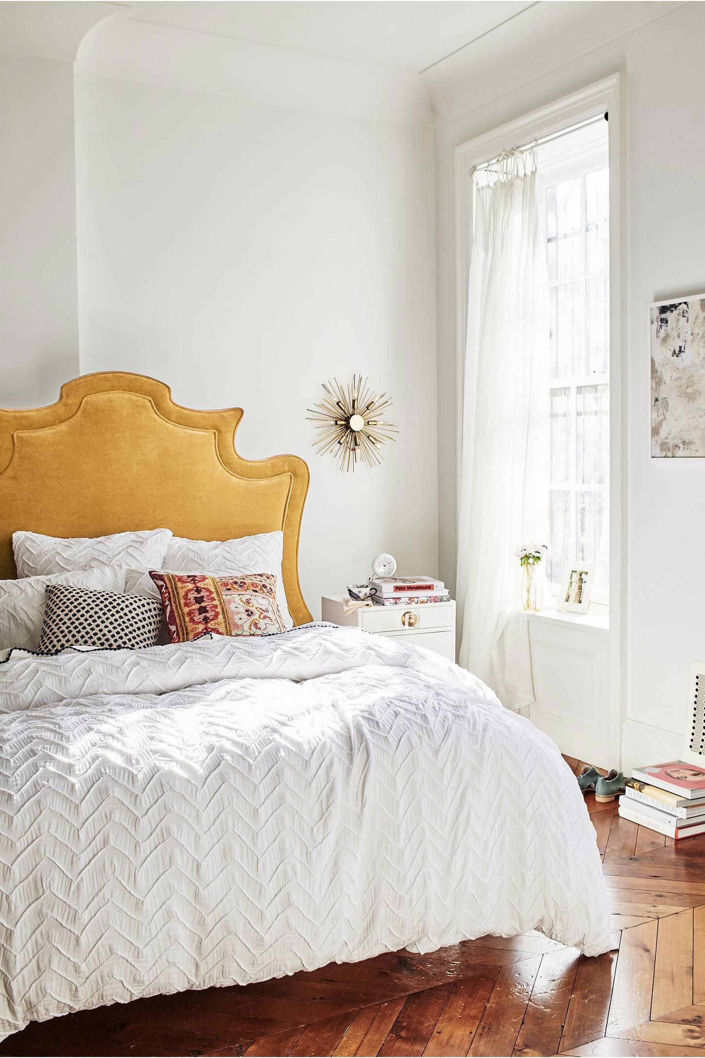 10 Tiny Decor Changes To Make Your Room Feel All Fresh And New Again