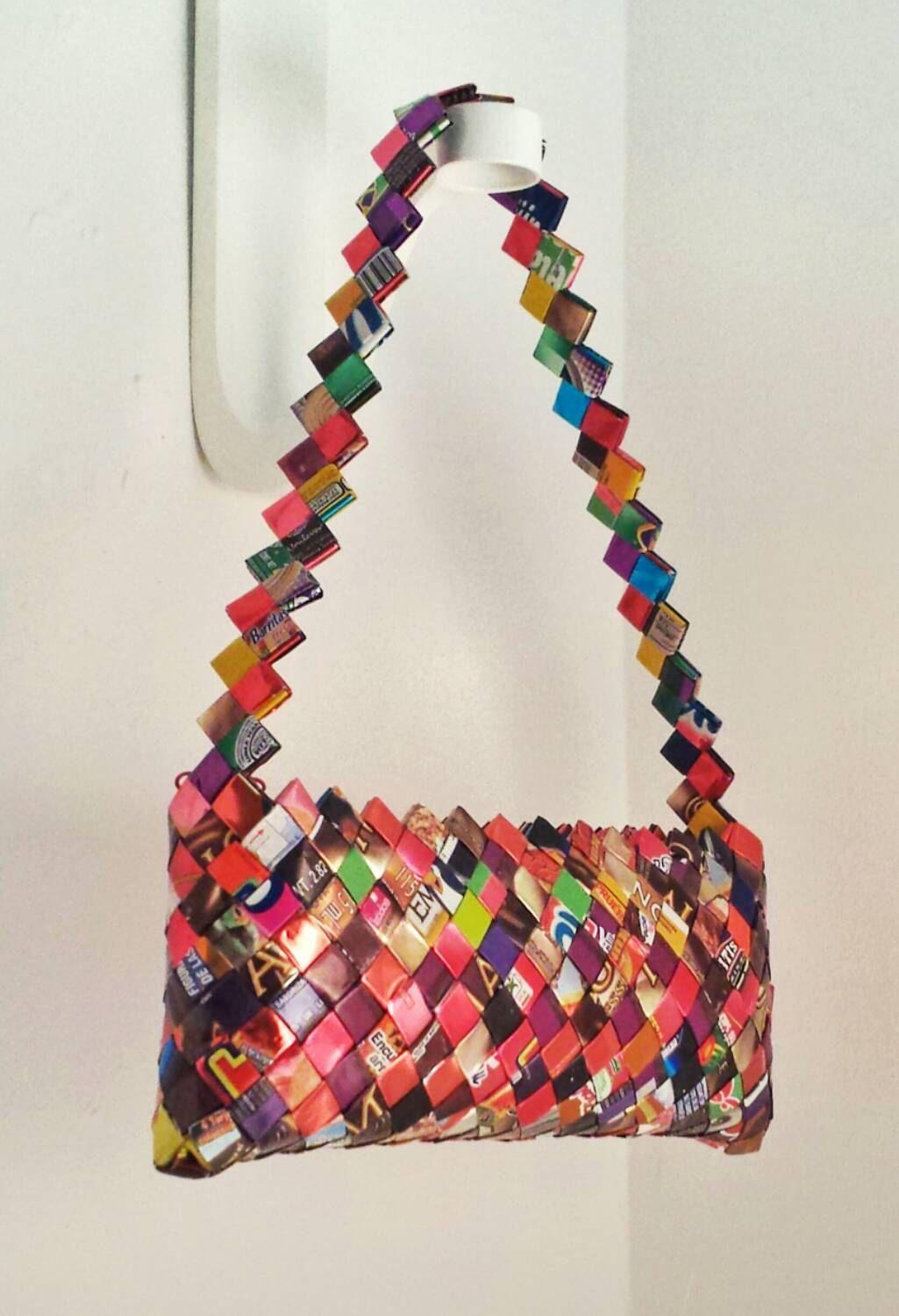 b0ec0c174c Bags That Will Make You Nostalgic – Throwback Purses
