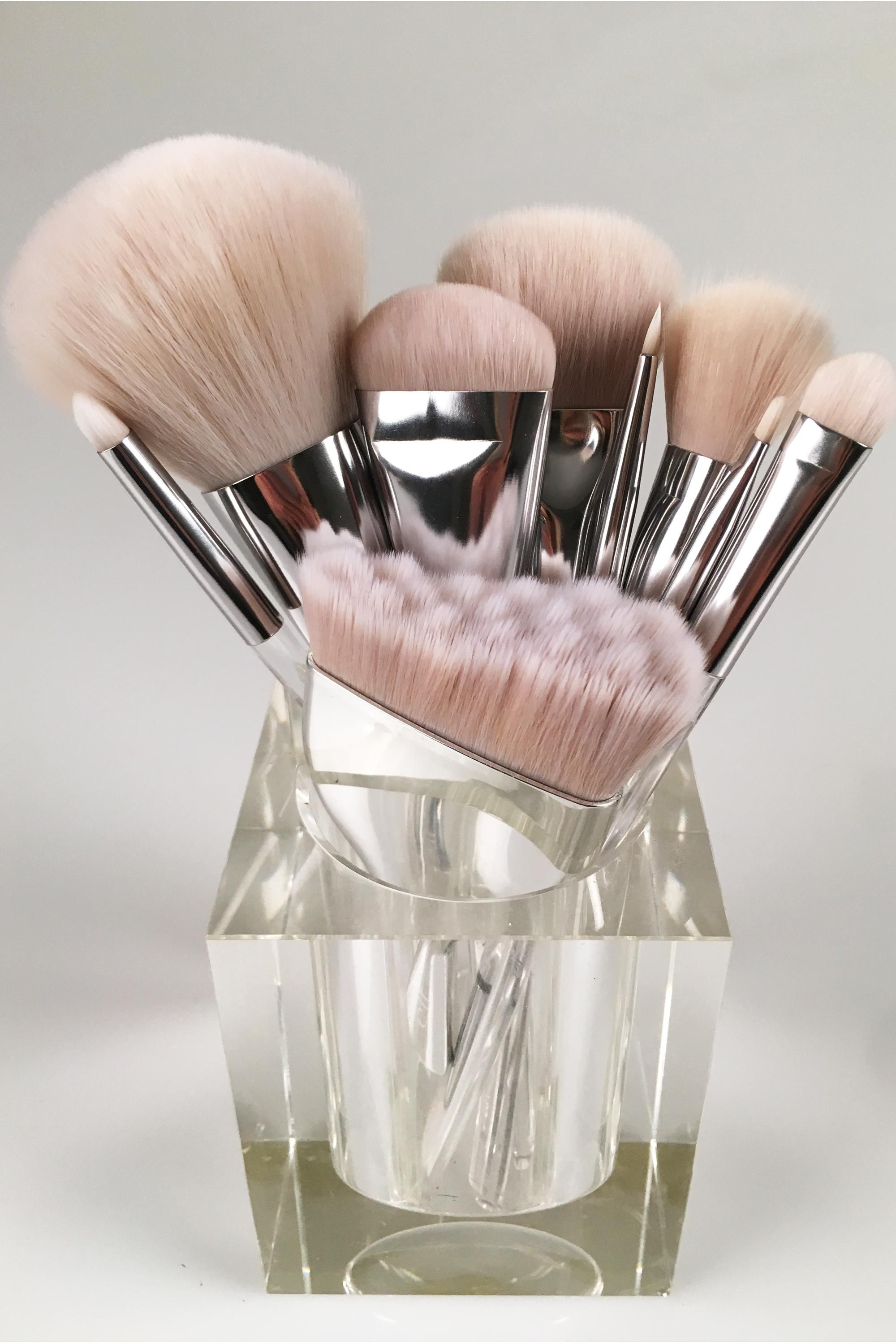Why Everyone's Losing Their Minds Over These Makeup Brushes