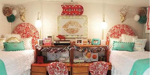 Room, Interior design, Textile, Bedding, Bedroom, Red, Linens, Teal, Bed sheet, Turquoise,