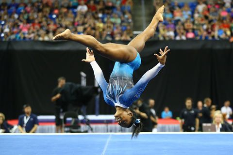 Entertainment, Human leg, Performing arts, Acrobatics, Competition event, Championship, Performance, Gymnastics, Athlete, Competition,