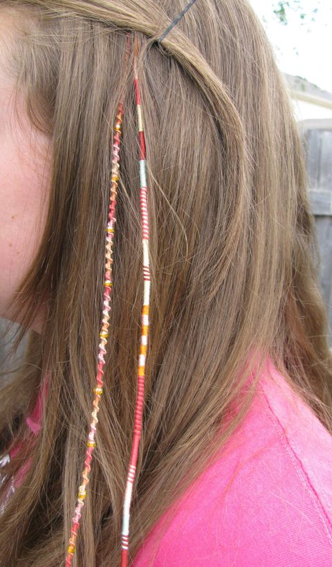 Hair, Brown, Hairstyle, Skin, Pink, Magenta, Style, Hair accessory, Long hair, Beauty,