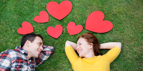 Experts Say These Are the Types of Questions You Should Be Asking on Dates