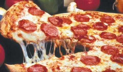 Food, Ingredient, Pizza, Dish, Baked goods, Cuisine, Fast food, Pepperoni, Recipe, Pizza cheese,
