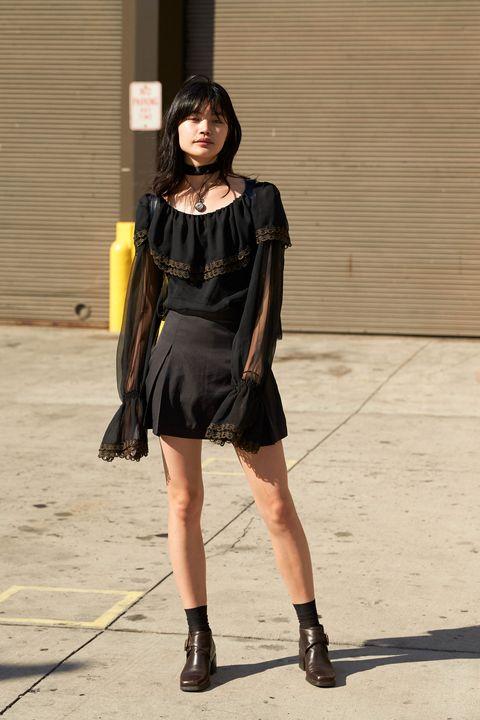 Clothing, Dress, Human leg, Style, Street fashion, Fashion model, Fashion, Knee, Boot, Thigh,