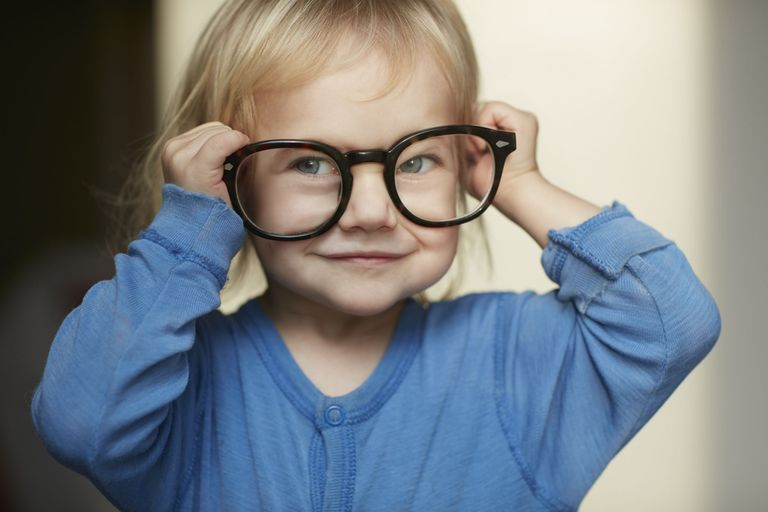 New Research Confirms That Kids Get Their Intelligence From Mom