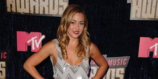 Lauren Conrad arrives at the 2007 MTV Video Music Awards.