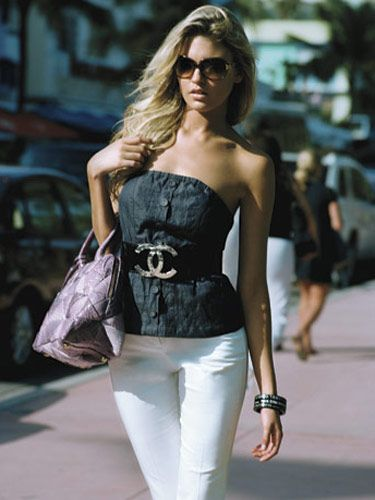 Top, Walter, $143; cropped pants, Express, $59.50; belt, $650, and bangles, $325 each, Chanel; sunglasses, Oliver Peoples, $350; bag, Marc Jacobs.