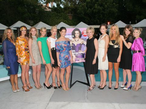 We're pretty sure we made the temperature rise in L.A. when these sizzling stars posed with Cosmo's editor in chief.<br /><br /> From left to right: Leona Lewis, Stana Katic, Emily VanCamp, Katie Cassidy, Amber Heard, Ashley Greene, Cosmo's Editor in Chief Kate White, Olivia Wilde, Amanda Bynes, Alice Eve, and Kristen Bell.