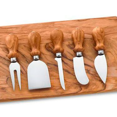 "This elegant gift features cheese knives and board made of the finest olive wood.  A great idea for the person on your list who takes entertaining seriously. (<a href=""http://www.williams-sonoma.com/products/cu103/index.cfm?pkey=xsrd0m1%7C16%7C%7C%7C0%7C%7C%7C%7C%7C%7C%7Ccheese%20knives&cm%5Fsrc=SCH""target=""_blank"">williams-sonoma.com</a>, $99)"