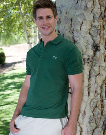"<b>Name:</b> Robert Graham<br> <b>Age:</b> 25<br> <b>Hometown:</b> Scottsdale<br> <b>Cosmo Username:</b> <a href=""http://www.cosmopolitan.com/community/profile/ARIZONA2008"">ARIZONA2008</a><br> <b>Occupation:</b> Broker<br> <b>Personality profile:</b> ""I am motivated and like to have fun.""<br> <b>He couldn't live without:</b> ""My golf clubs, friends, and the beach""<br> <b>Pick-him-up pointer:</b>  ""Make eye contact so I know you're into me.""<br> <b>Sexiest girl getup:</b> ""High heels and a skirt""<br> <b>Hint from a hottie:</b> ""Don't read into a guy's actions too much. Girls tend to look for an ulterior motive when there usually isn't one.""<br> <b>Should women play hard to get?</b> ""Yes, it makes things interesting."""