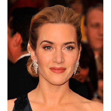 It's fitting that the Best Actress winner would have an updo that's pure Hollywood glamour.
