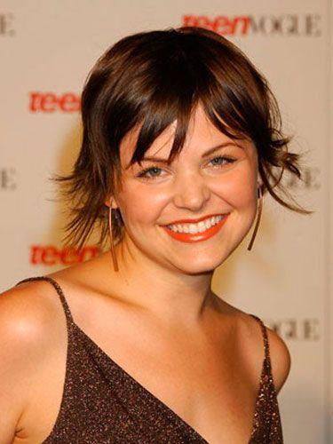 In the year she starred in <i>Mona Lisa Smile</i>, Ginnifer sported a cute pixie cut.