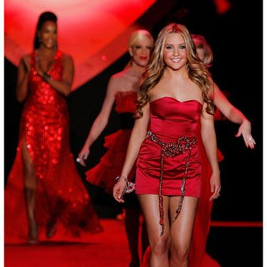 "As the first celebrity model to walk down the runway (to Beyoncé's ""Single Ladies""), actress Amanda Bynes also led the pack at the end of the show."