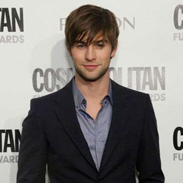 Could he be any more gorgeous? If it were up to us, <i>Gossip Girl</i> would be on every night of the week.