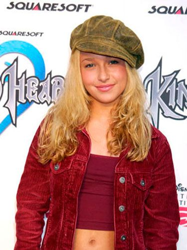 Back in 2002, a 13-year-old Hayden hit the red carpet with a leather newsboy cap and naturally wavy strands.