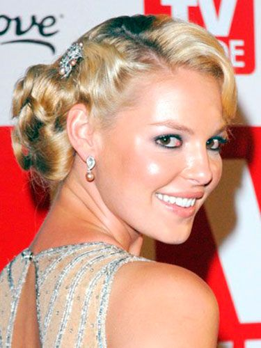 Katherine is known for ultra-glamorous updos, like this one from the 2006 Emmy Awards.